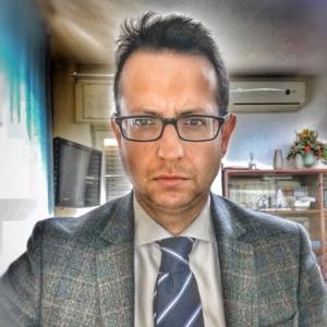 Avvocato Mario D'Ario a Aversa
