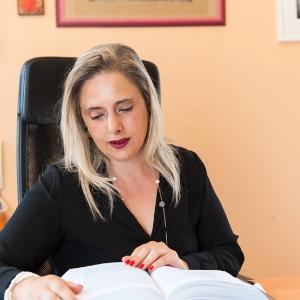 Avvocato Helga Lopresti a Treviso