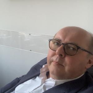 Avvocato Lucio Levi a Como